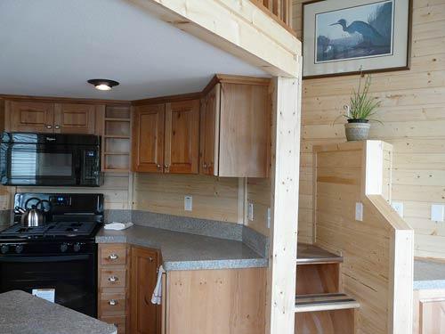 11tiny-house-inside